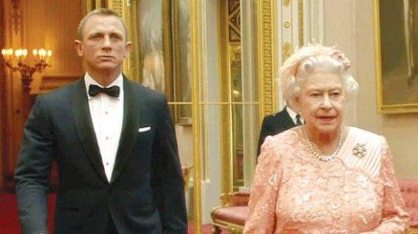 James Bond és Erzsébet